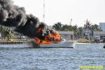 yacht-fire-02.jpg