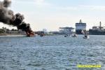 yacht-fire-03.jpg
